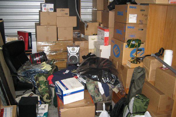 messy-storage-unit